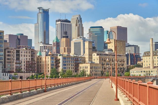 Minneapolis from Stone Arch Bridge